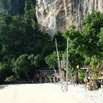 Photo de Phi Phi Popular Beach Resort