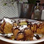 Delectable fried oreo cheesecake mmmm-mmm-mmm!!!!!