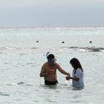 Frente al resorte, haciendo snorkel