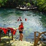 Cenote dentro del resort