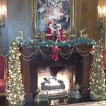 Christmas in the Lobby... absolutely beautiful!!