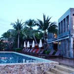 Photo de Prana Beach Villas