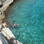 Grande piscina azul