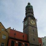 la Torre Civica in tutta la sua imponenza