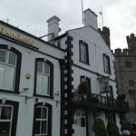 The Anglesey Arms offers a perfect location to explore Caernarfon.