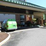 Front of hotel.  Courtesy van.
