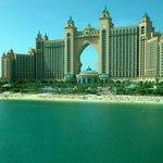 Hotel-Anlage mit Strand ;)