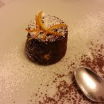 Tortino al cioccolato con cuore bianco