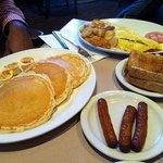 Bobby's Hideaway breakfast 2