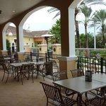 terras van het buitenrestaurant
