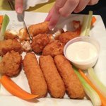 appetizer combo wings and mozzarella sticks