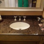 Lovely large sink w/space