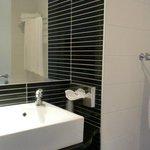 toilette con vasca-doccia