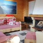 Photo de Chalets 1066 - Le Lapye
