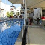 pool - roof top