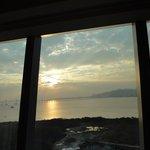 窗外日出景觀