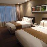 2 queen deluxe view room.