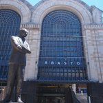 Carlos Gadel Statue