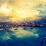 Vista da piscina muito bonita...