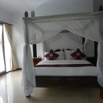 1 brm Pool Villa bedroom