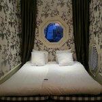 Комната с видом на канал - в ней хорошо спится, тихо