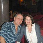 avec mom amour au piano bar
