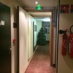 couloir sortie ascenseur
