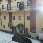 Piękny widok z balkoniku pokojowego na Karkonosze :)