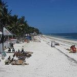 La plage de Bamburi