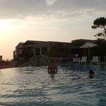 piscina centrale prima del tramonto