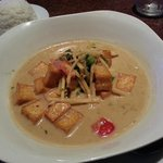 Green curry tofu -- best way to have Thai curry in my opinion!