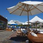 Pool / Marina Bar