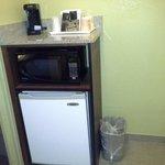 """Kitchen"" Fridge, microvawe and coffee maker"