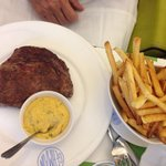 Entrecôte frites béarnaise