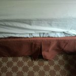 Sloppy bed skirt upon arrival