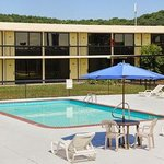Motel 6 Cave City, KY