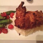 Fried chicken on mashed potato with okra & tomato. Very good.