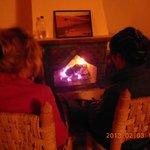 après le souper devant un bon feu de foyer