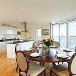 Canary Wharf Bedroom Kitchen