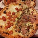 Pizza doppio gusto.