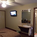 Osceola IA Evergreen Inn Room #12