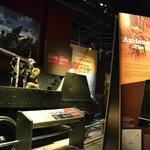 Une des salles du musée de la guerre