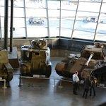 Exposition permanante de chars et voitures militaires