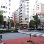 The big road before the hotel (Go towards the Mister Donut!)