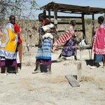 Masai women selling their wares