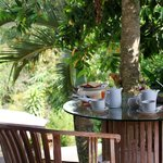 Завтрак на веранде