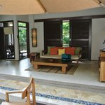 villa relaxing area