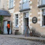 Façade du monument café d'Angers