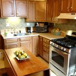 Sartwell Suite C Kitchen & Dining area