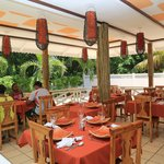 Villa Authentique Bar & Restaurant Foto